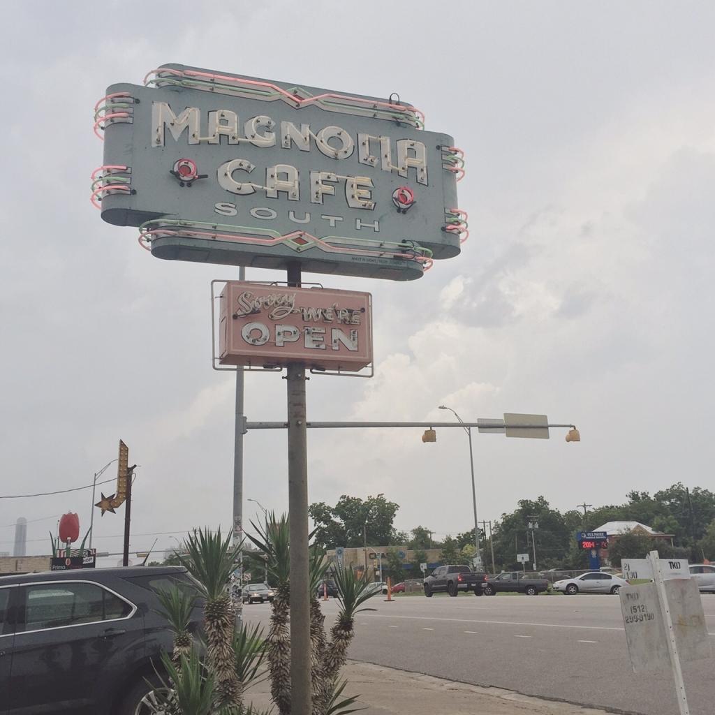 Magnolia Cafe2